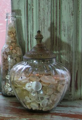 Never thought of this before. A button collection on display in pretty jars! (mkc via Doni Hall)
