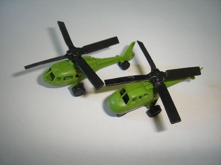 Green Military Helicopters 1987 Model Airplanes Set Kinder Surprise Miniatures | eBay