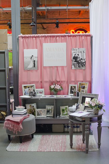 cute vendor booth setup - love the piping . . . used to hang barn signs?