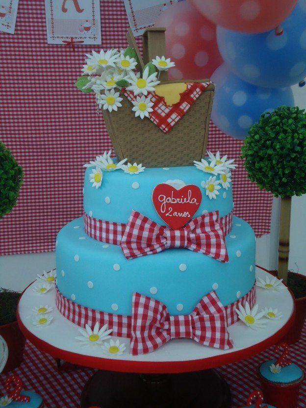 picnic kids party cake