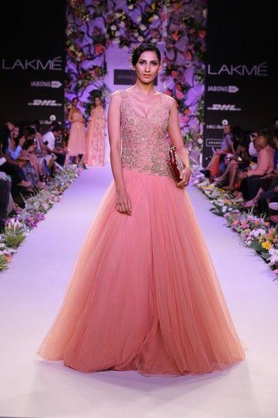 Bridal Fashions http://maharaniweddings.com/gallery/photo/20596 @Shiv Gopal Music/designer-shyamal-bhumika