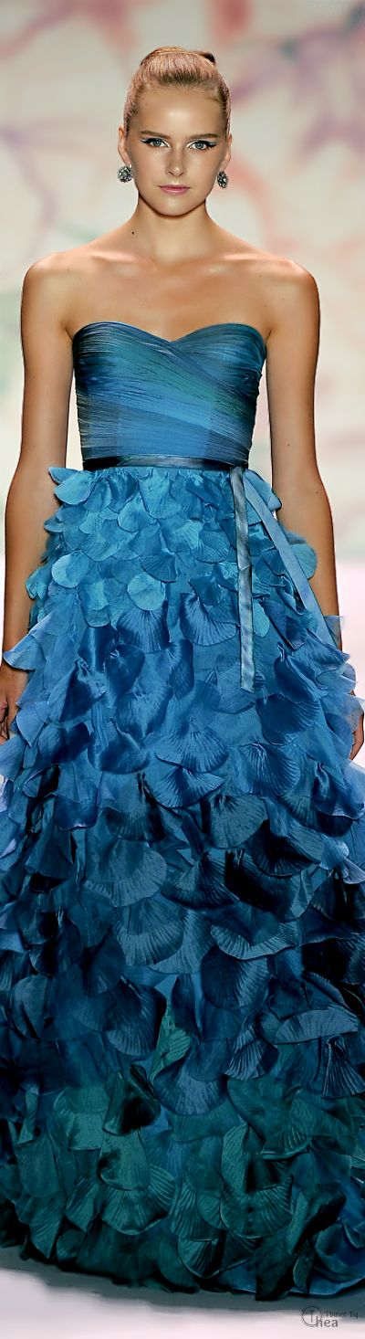 This is so fun! I love the ombre theme throughout, and the fitted torso, then cascading through into a plentiful shell-themed skirt.