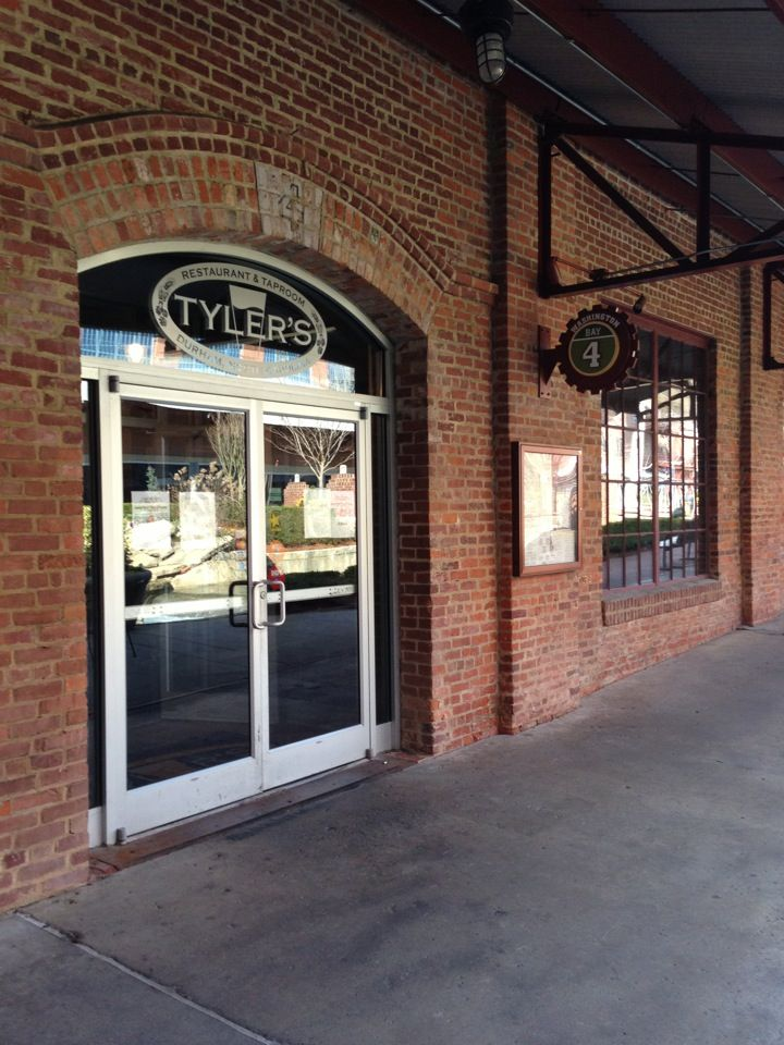 Tyler's Restaurant & Taproom - Great pub appetizers and sandwiches!