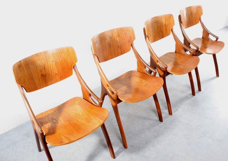 4 chaises danoises via Goodmoods