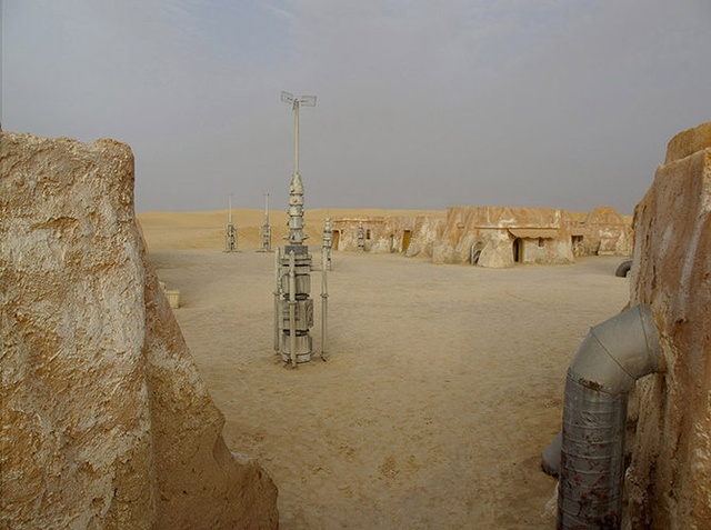 Haunting photographs capture the ruins of Tatooine Star