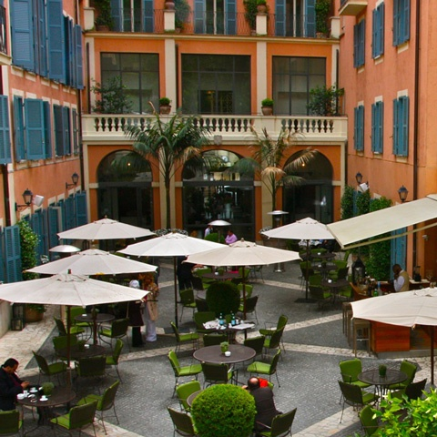 Staying at Hotel de Russie