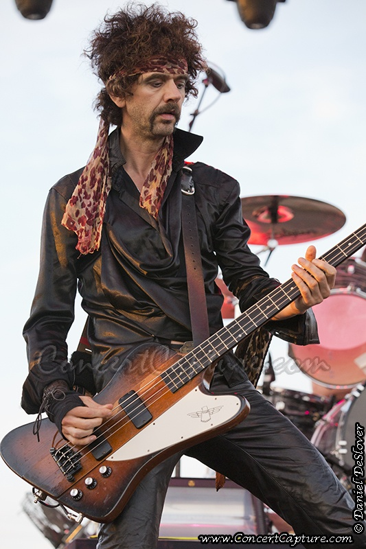 The Darkness - Frankie Poullain