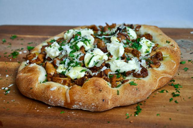 Wild Mushroom and Crescenza Pizza by Turntable Kitchen, via Flickr