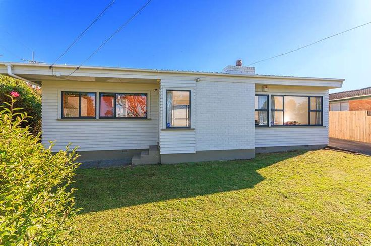 Property located at 1/93  Ferndale Rd, Mt Wellington, New Zealand | Barfoot & Thompson
