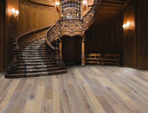 Wnętrza w stylu shabby chic: stylizowane podłogi drewniane