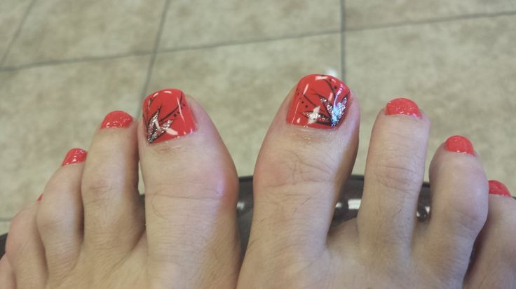 Golden Nails & Spa - Tempe, AZ, United States. Gel pedicure with Simple design!