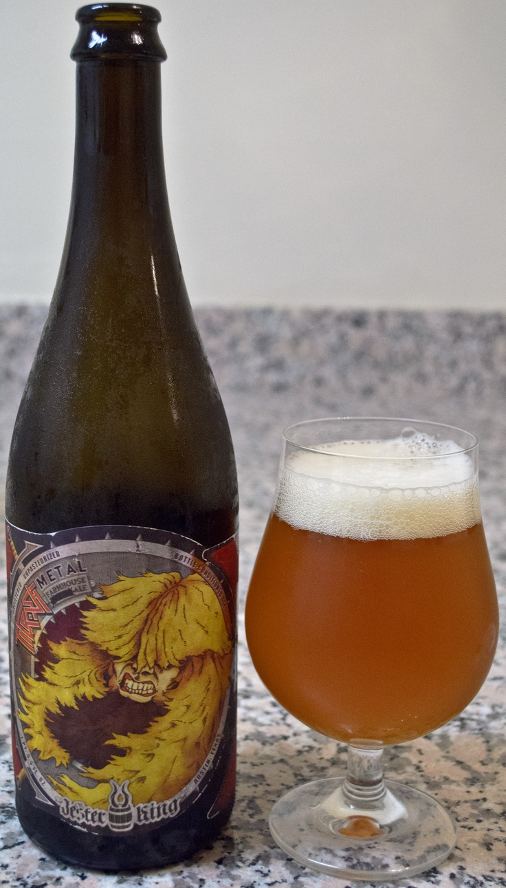 Jester King's Thrash Metal - This is another solid farmhouse beer from Jester King. I especially like the nose here, with the Belgian Pale Ale smells really coming through and the great addition of some dry hops adding another great layer to it. The flavor is also quite good with a nice balance of strong citrus and yeast flavors. Pretty darn smooth for 9.3% abv.