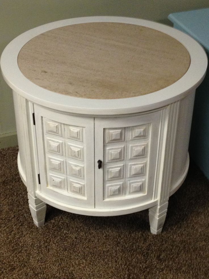 round distressed end table 3