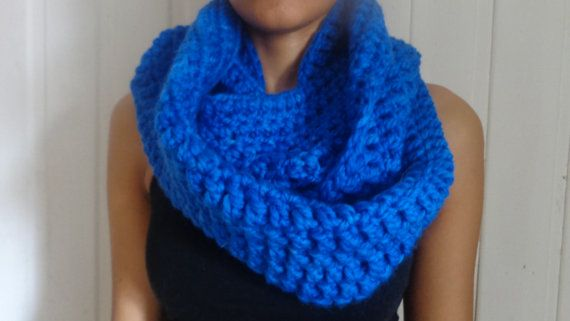Infinity Scarf by deorigenchile on Etsy