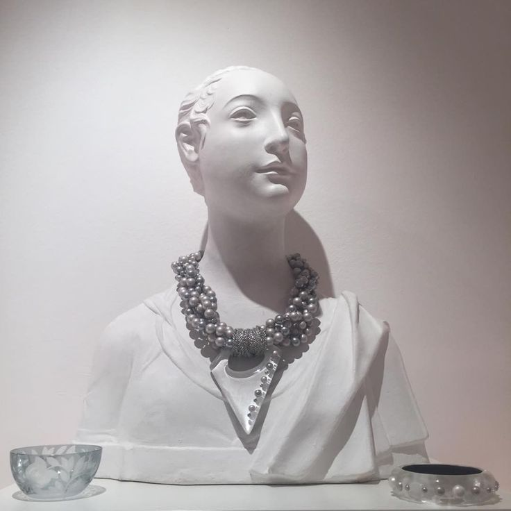 Our Verdure Trinket Bowl in Grey along with a VERY fabulous necklace and cuff from Alexis Bittar - all are currently available at our store at Platnerska 7.