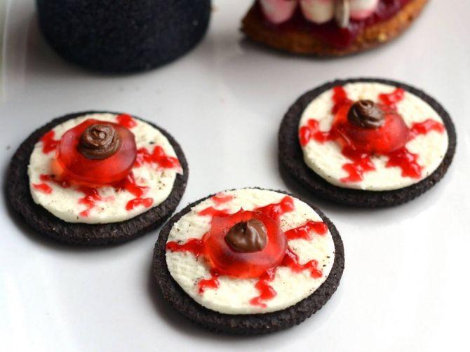 Halloween Oreo szemgolyó keksz recept