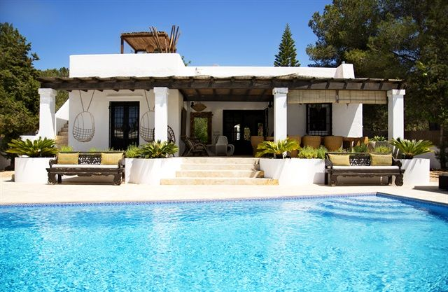 Ibiza villa design inspiration bycocoon.com | bathroom design | kitchen design | project design | renovations | design products for easy living | Dutch Designer Brand COCOON