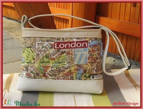 Térkép mintás oldaltáska, válltáska (BellestiDesign) - Meska.hu   #handmade #női #egyedi #divat #táska #design #bellestidesign #woman #fashion #bag #bags #london #map #térkép #beige #white