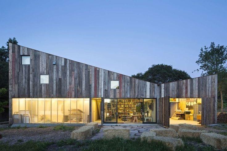 Meier Road Barn by Mork Ulnes Architects