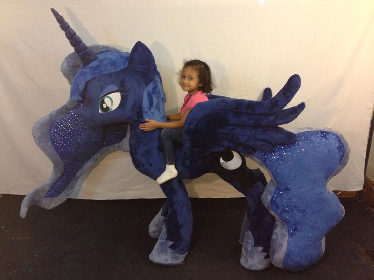 Princess Luna! From hoof to horn she stands at166cm(5'5). Luna has over 2000 rhinestones on her tail and mane. It took a while to put them all on... it also took awhile to finish ...