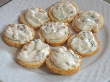 Receita de Patê de queijo com cebola - Tudo Gostoso