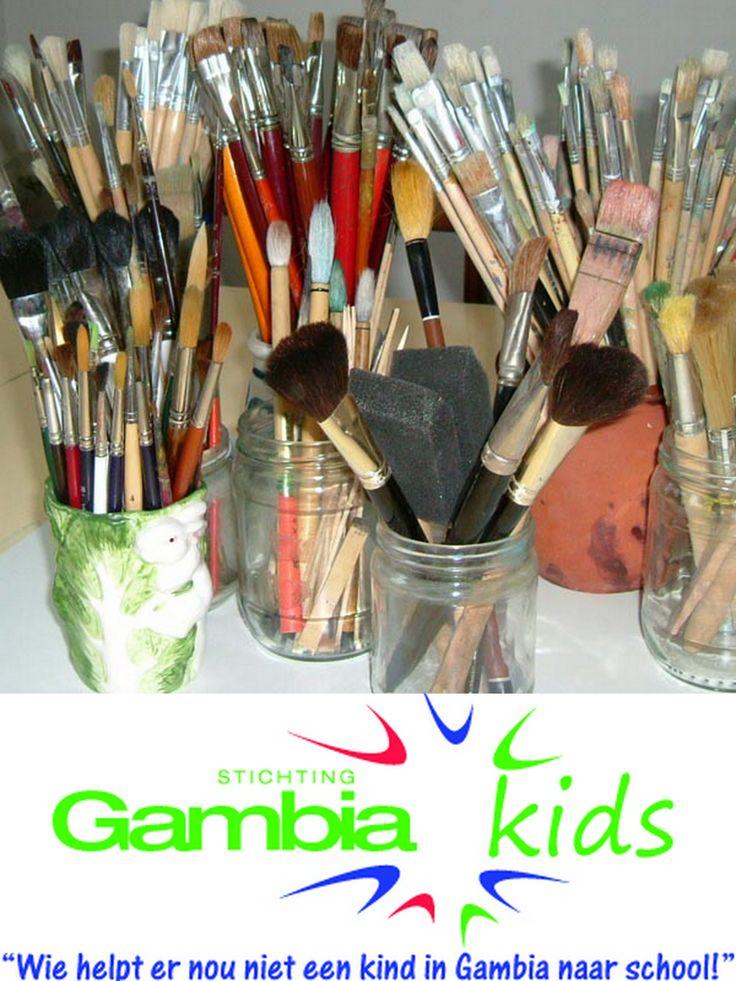 Ik stel me voor om met een groep van maximaal 8 Gambiaanse kunstenaars een workshop  te doen  over een thema. Hieraan voorafgaand geef ik hen een lezing over hoe zij hun bestaande kunst het beste kunnen verkopen aan touristen en mogelijke aan een Europese galerie.