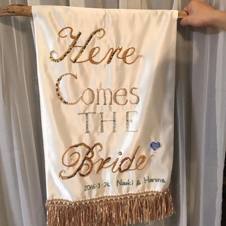 彼ママが作ってくれたフラッグボーイ用のフラッグ❤️❤️ なんと手刺繍かわいすぎるーー❤️当初はアイロンプリントの予定でしたが、刺繍やってあげるわよ、と言ってくださり甘えちゃいました❤️ 本当に嬉しい!!ありがとうございます☺️ #プレ花嫁 #あと7日 #結婚式 #結婚式準備 #フラッグボーイ #herecomesthebride #flagboy #diy #diyしたのは私ではないけど笑