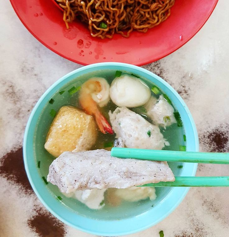Kon lou mee seafood at Kedai Kopi Seng Long Opposite All Saints. - RM8