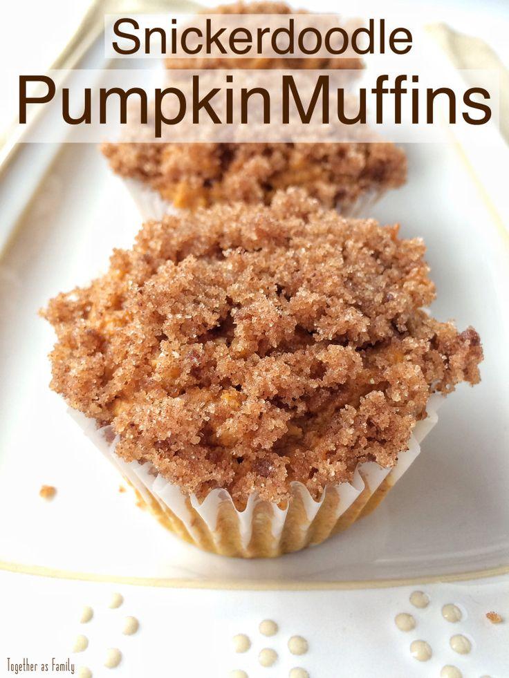 (4 INGREDIENT!) Snickerdoodle Pumpkin Muffins | www.togetherasfamily.com