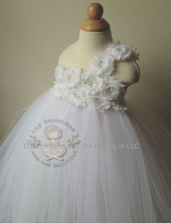 white flower girl dress flower girl dress by Theprincessandthebou