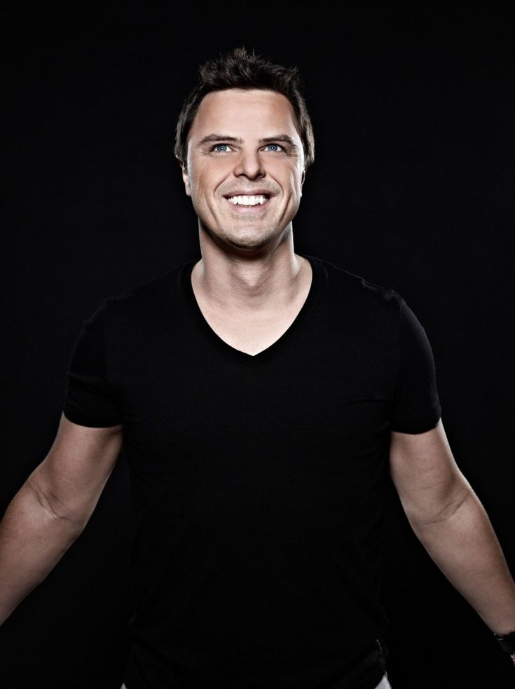 Markus Schulz Takes Us on a Trance Journey to Buenos Aires '13…And Tour Dates! http://raannt.com/markus-schulz-takes-us-on-a-trance-journey-to-buenos-aires-13-and-tour-dates/ #MarkusSchulz #BuenosAires13 #EDM #Album #Beats #Killer