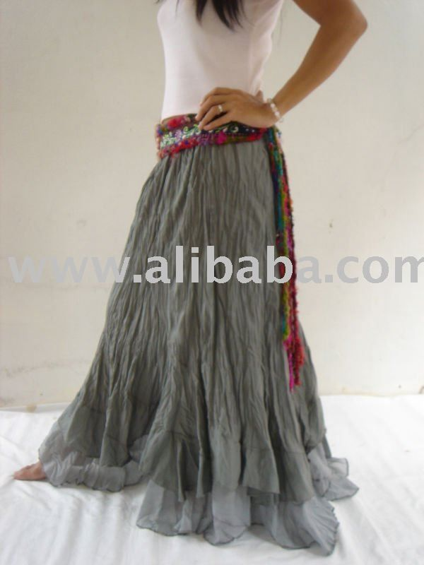 flowing skirt that moves with ya