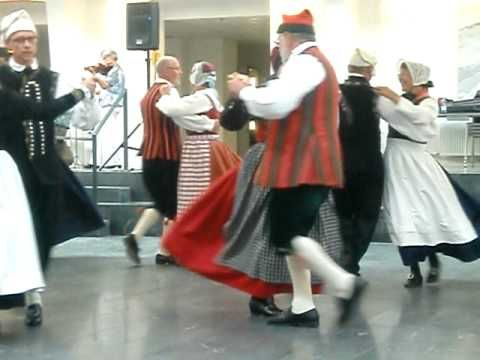Danish Folk Dance / dancing
