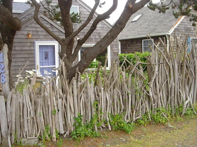 cute for a fairy garden // Driftwood fence