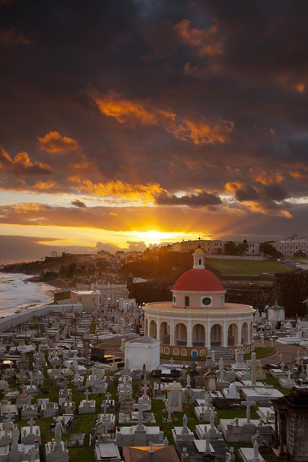 ✮ Sunrise over historic Santa Maria Magdalena de Pazzis Cemetery in old San Juan Puerto Rico