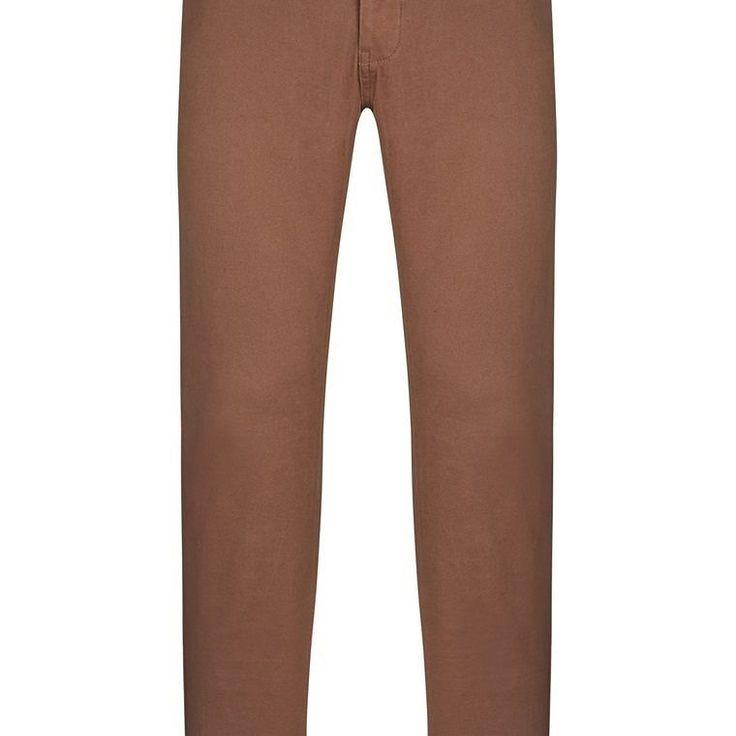 Pantalón chino marrón  Categoría:#pantalones_hombre #pantalones_largos_hombre #primark_hombre #ropa_de_hombre en #PRIMARK #PRIMANIA #primarkespaña  Más detalles en: http://ift.tt/2jFsfI0