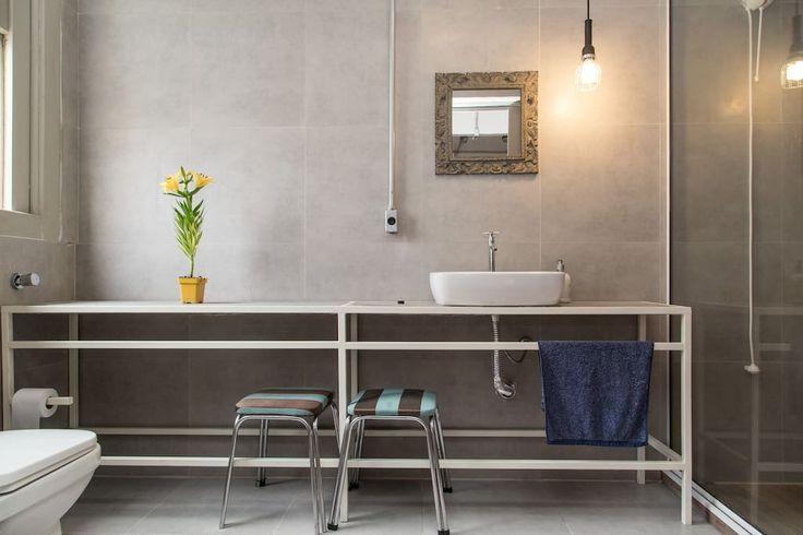Charmoso Loft no Centro Histórico - Apartamentos para Alugar em Porto Alegre, RS, Brasil