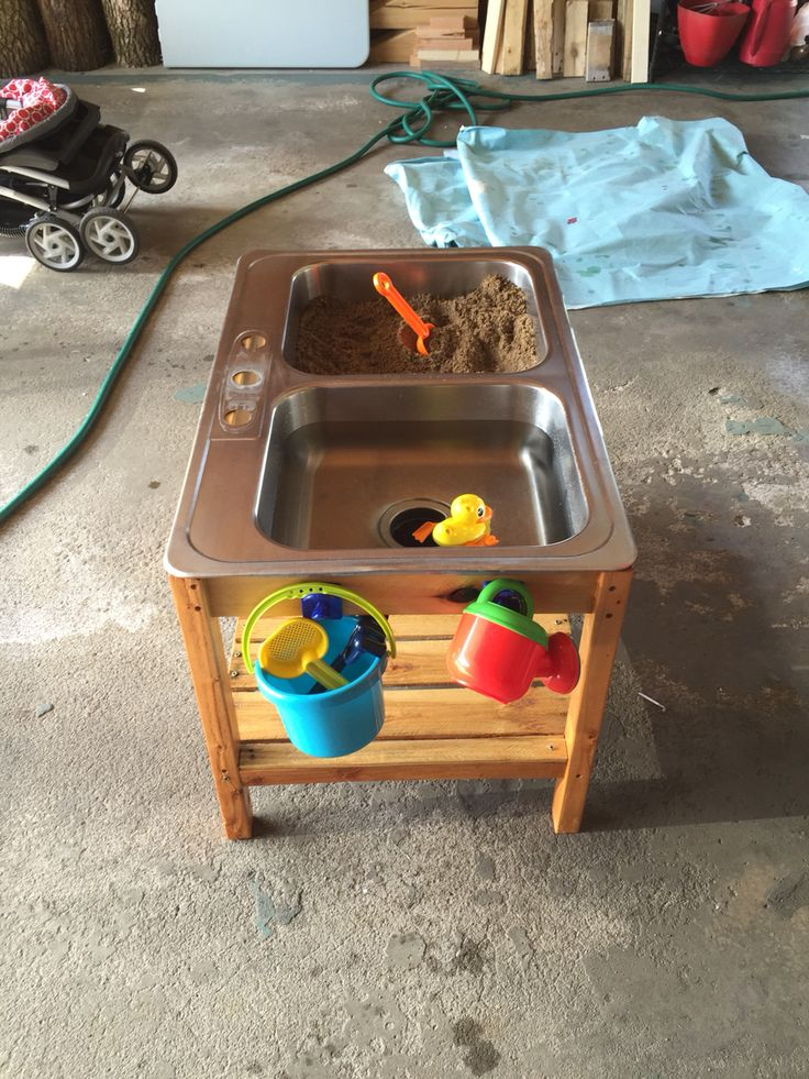 an idea for a sandwater play table