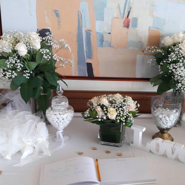 Flowers Papadakis  Weddings Events Decorations  Cream Vedela Roses Info@flowers4u.gr