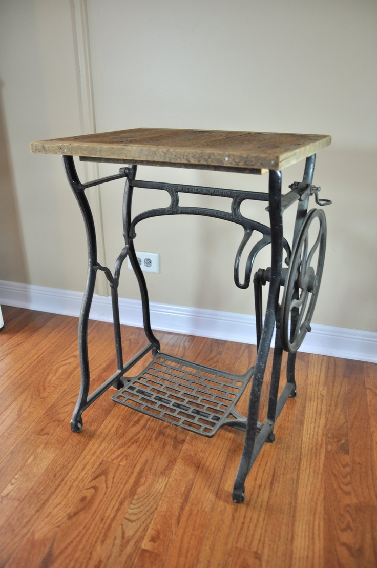 17 best ideas about antique sewing machine table on pinterest antique sewing tables vintage. Black Bedroom Furniture Sets. Home Design Ideas