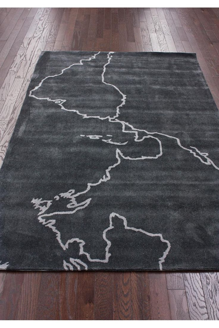 Map Rug - this inspires me to buy an inexpensive IKEA rug and let the girl child trace outlines of the continents, in fabric paint.Globes Maps, Kids Maps, Handmade Kids, Maps Grey, Maps Rugs, Globes Decor, Nuloom Maps, Grey Rugs, Ikea Rugs