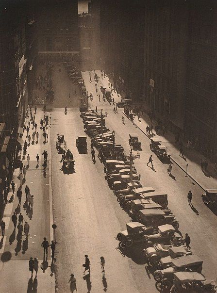 The Canyon, Martin Place by Harold Cazneaux, 1925