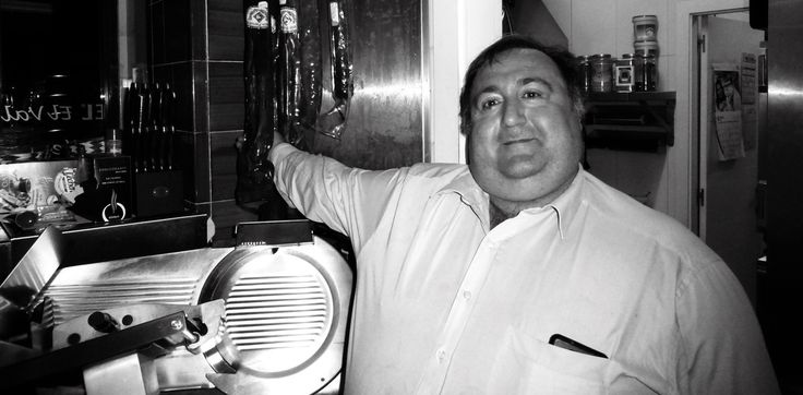 An Unlikely Icon - http://overlandsphere.com/overland-travel/vehicle-2/4x4/an-unlikely-icon/140858 - Patricio Martinez is the larger-than-life character who owns El Valle Hermosa the beautiful valley; an eati [...]