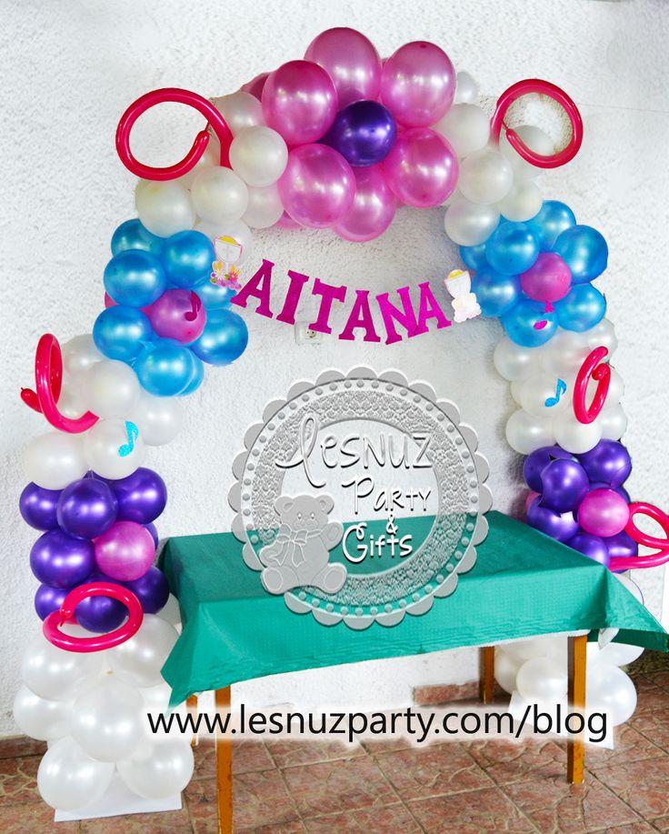 Arco globos mesa comunión con nombre - Balloon decoration