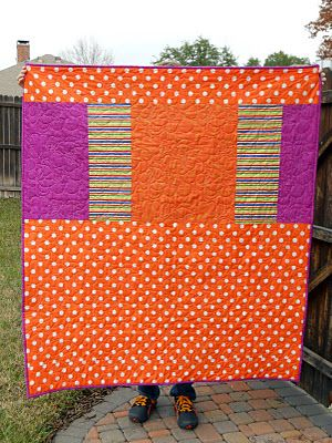 busytown quilt back