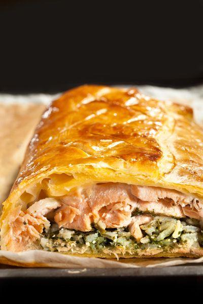 750 grammes vous propose cette recette de cuisine : Koulibiac de saumon et épinards au Comté. Recette notée 4.2/5 par 71 votants et 4 commentaires.