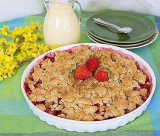 Smulpaj med rabarber och jordgubbar | Zeinas Kitchen | Bloglovin'