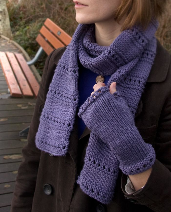 Free Knitting Patterns For Beginners : 106 best images about Scarves on Pinterest