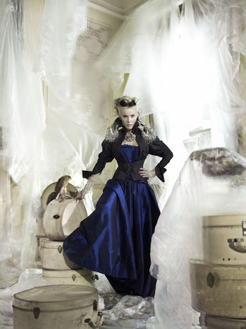 Daphne Guinness, granddaughter of Diana Mitford Guinness Moseley , photographed by Mario Testino.