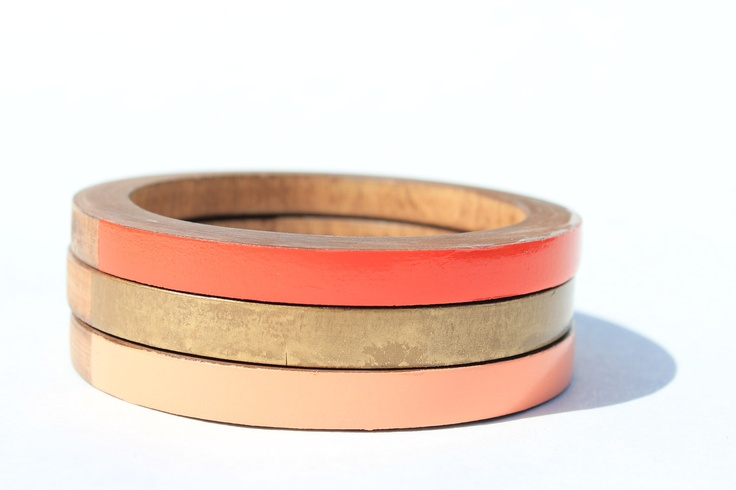 Skinny stacked bangles in gold, peach, and red.: Skinny Stacked, Bangles Gold, Stacked Bangles, Gold Watch, Bangles Florence, Skinny Bangles, Peach, Florence Sxl, Coral Color